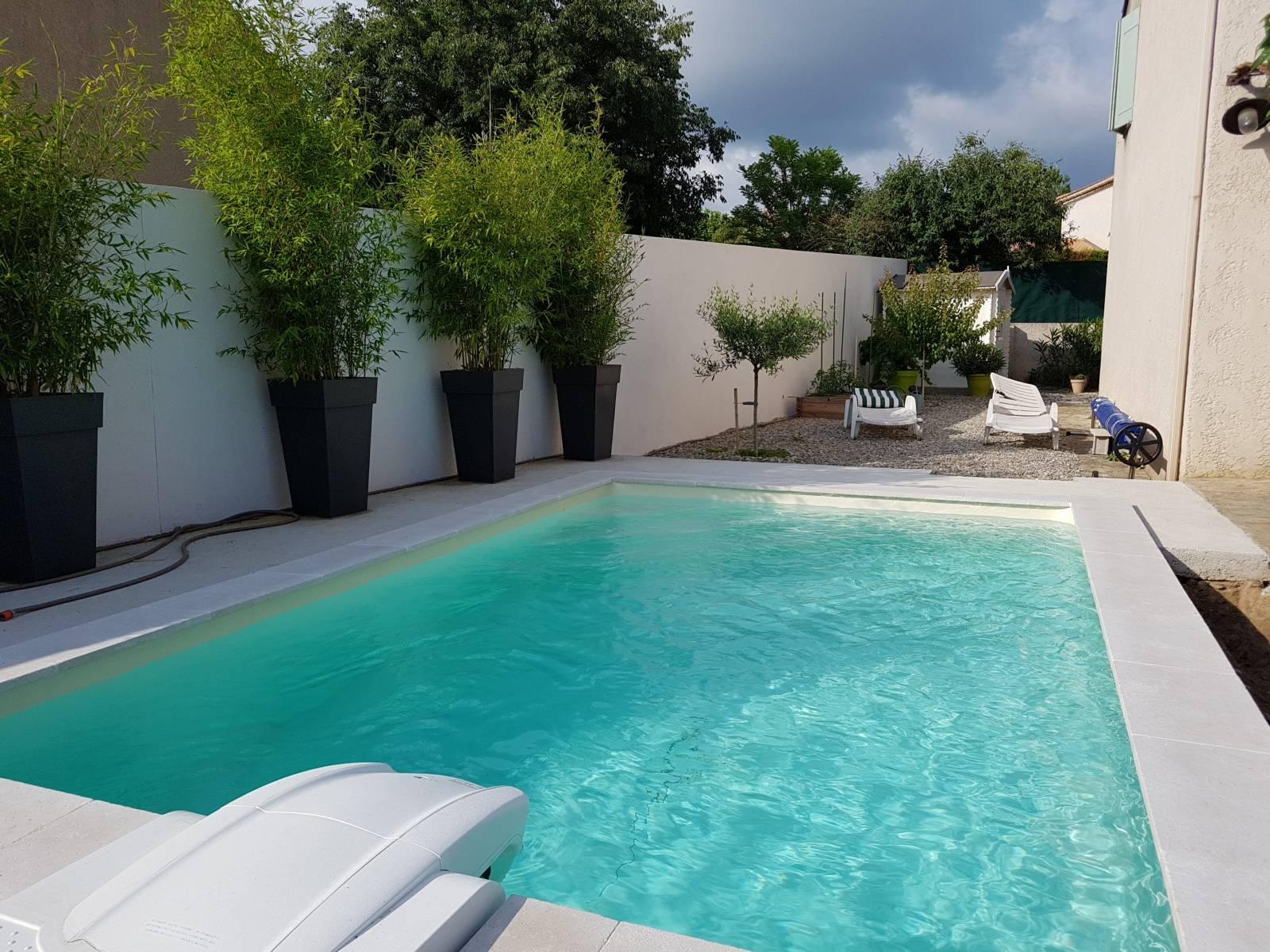 Mini piscine dans le var jce piscines - Mini piscine desjoyaux ...