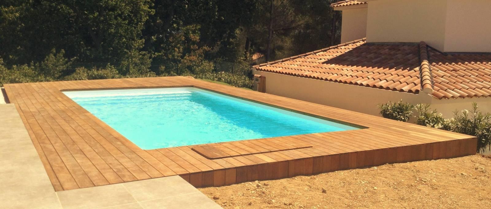 plage ipe autour d 39 une piscine desjoyaux six fours les plages jce piscines. Black Bedroom Furniture Sets. Home Design Ideas