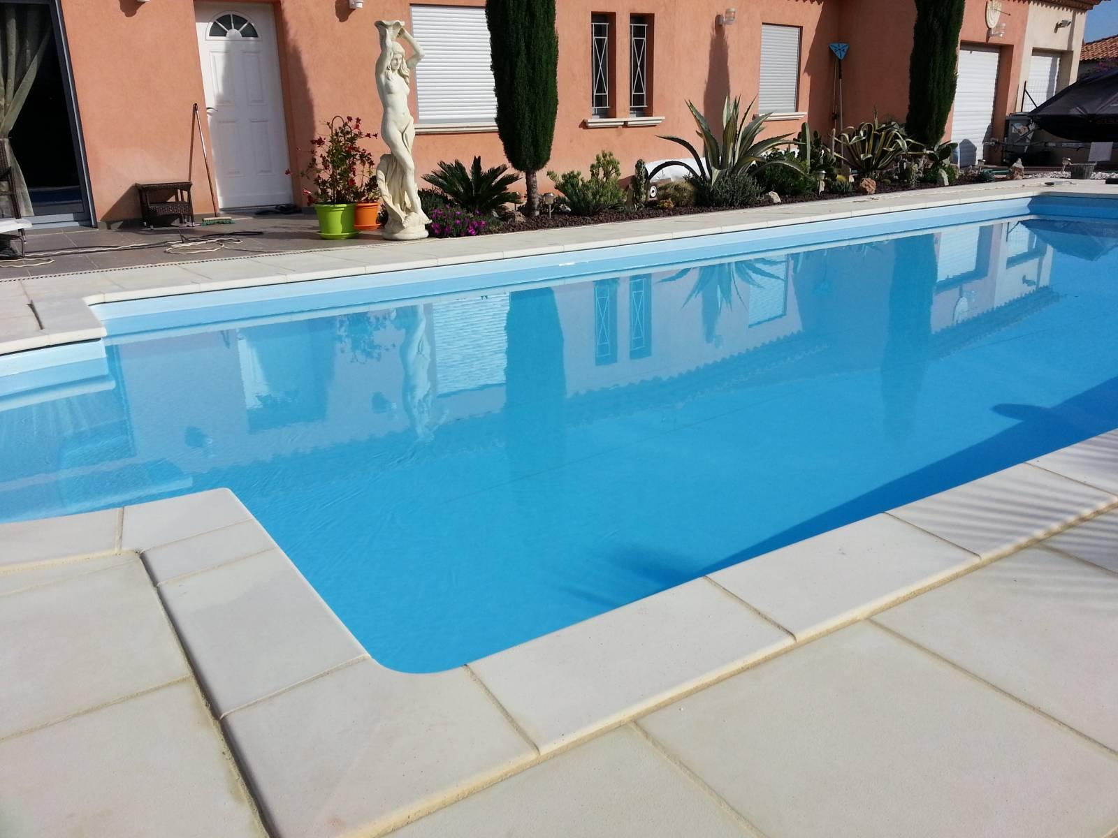 Piscine bleu jce piscines for Piscine bois 9x4