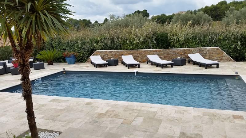 Constructeur de piscines et spas sur mesure six fours for Constructeur piscine 31